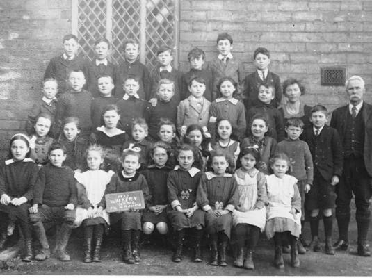 School class, Walkern 1920